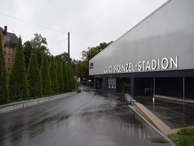 CurtFrenzelStadion-3