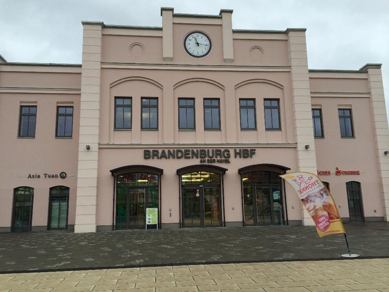 HauptbahnhofBrandenburg-1