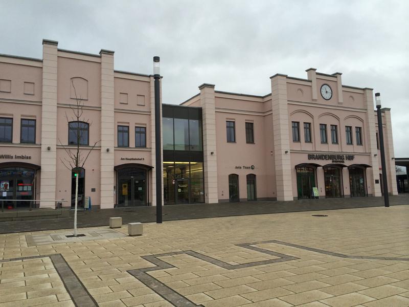 HauptbahnhofBrandenburg-5